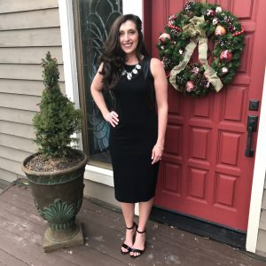 Black Sheath Dress with Bling Necklace for Evening Out